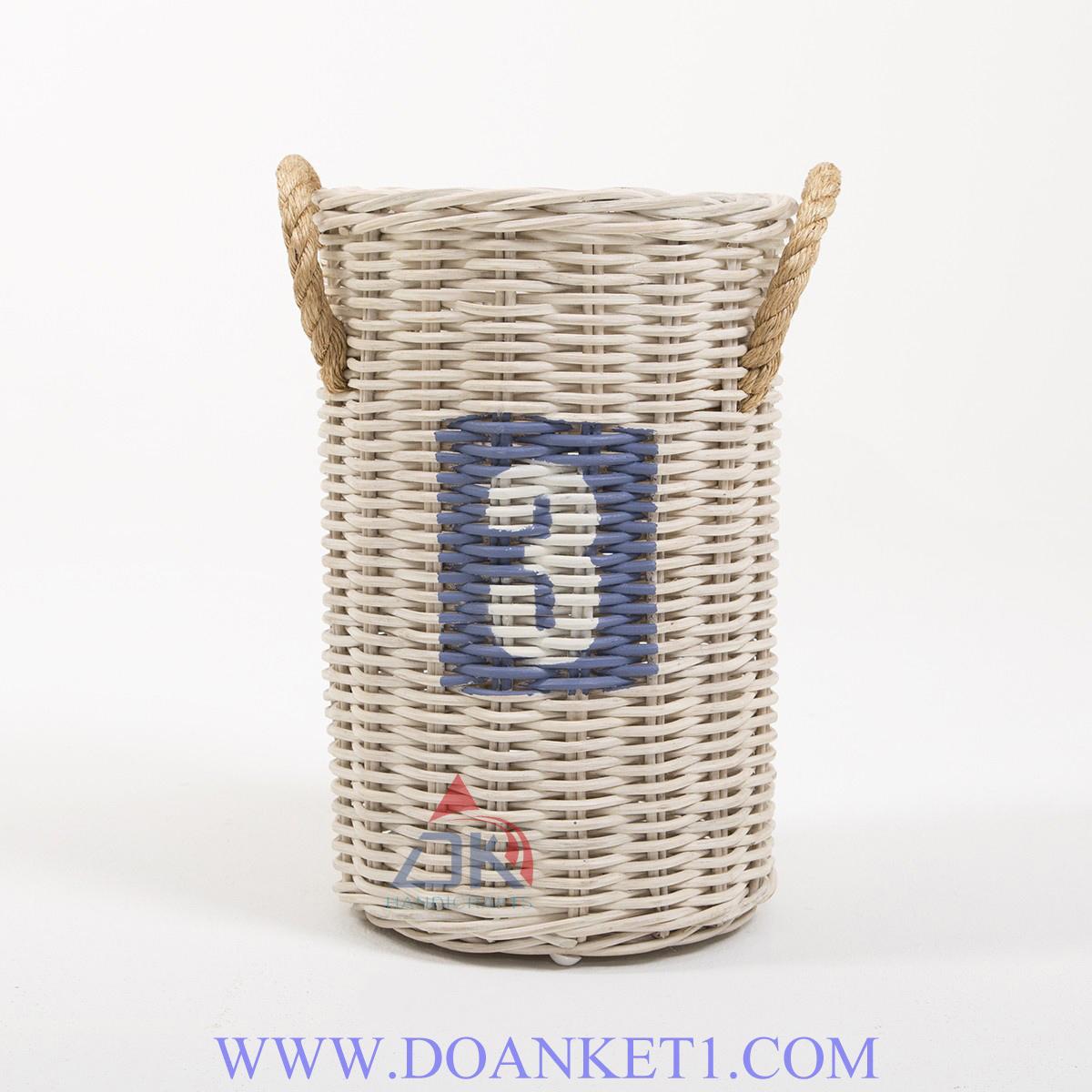 RATTAN BASKET # DK102