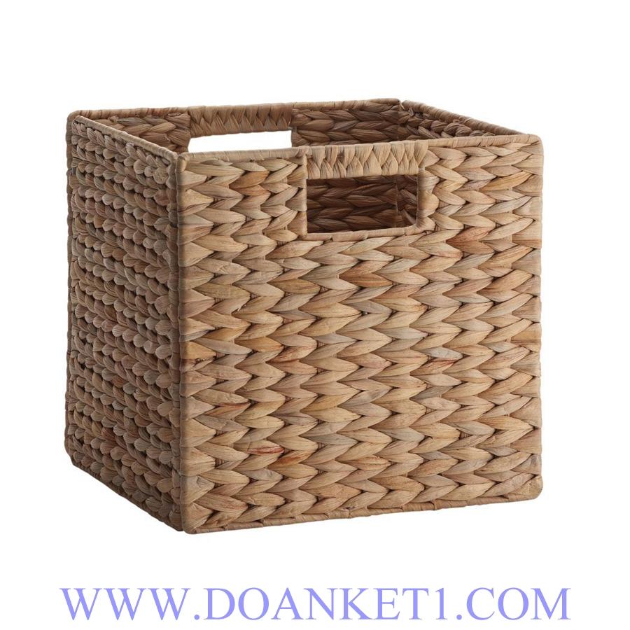 Water Hyacinth Storage Basket # DK347